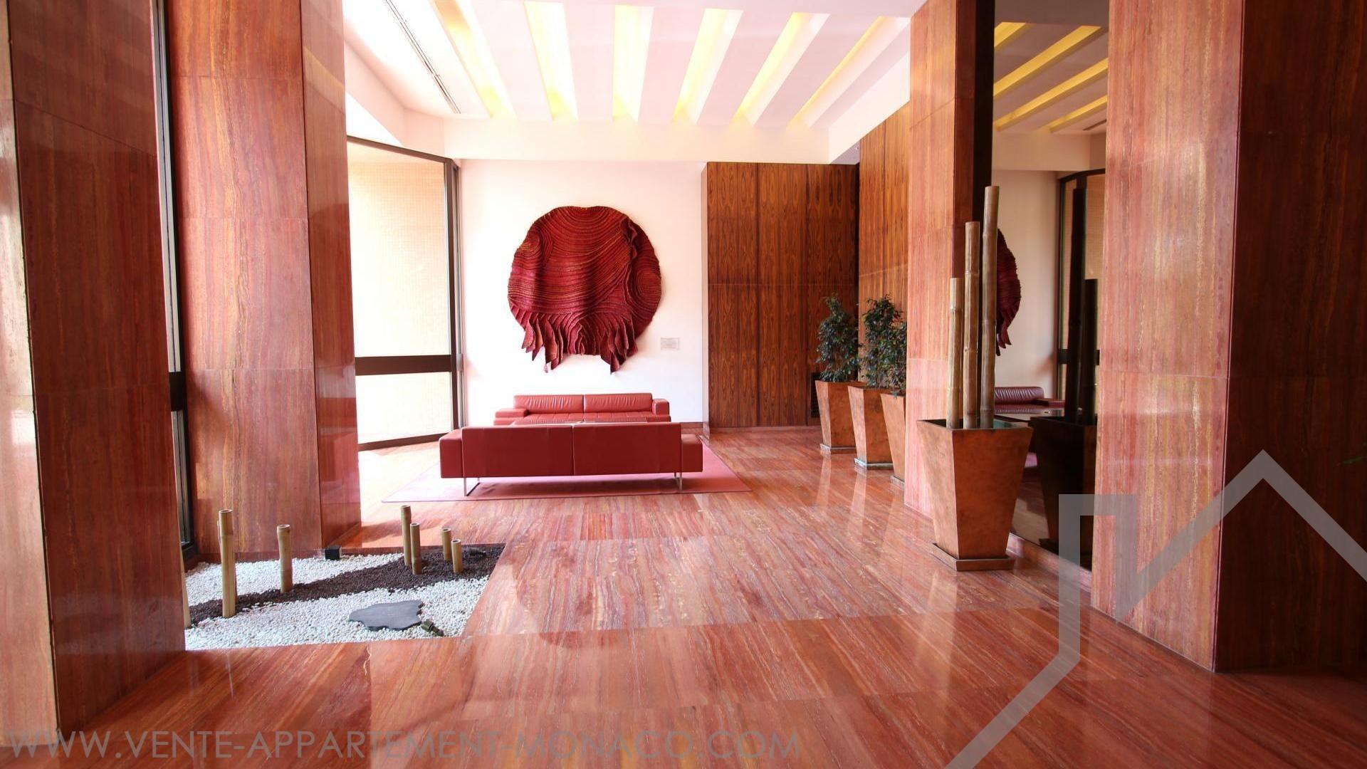 Residence con piscina appartamenti in vendita a montecarlo for Soggiorno a montecarlo